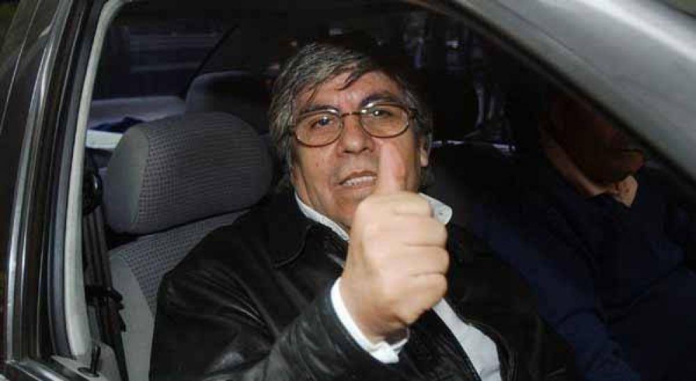 """Moyano aseguró que no habrá """"desborde salarial"""""""
