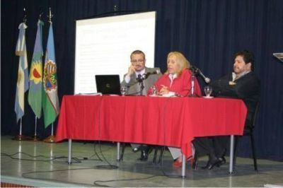 La Intendente Giroldi convocó a una Comisión Pro Limite por el conflicto en el Sector Islas