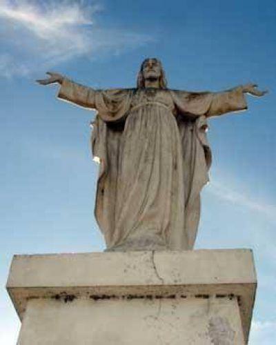 Proyectan trasladar el Cristo de Ruta 5 y acceso a Bragado Solar de Paz