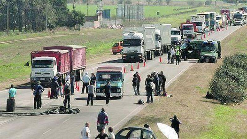 Paraná Metal: deciden en asamblea si levantan el corte