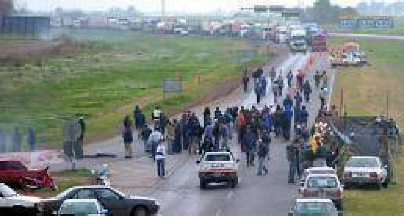 Paraná Metal: se cayó el acuerdo y el corte en la autopista será total