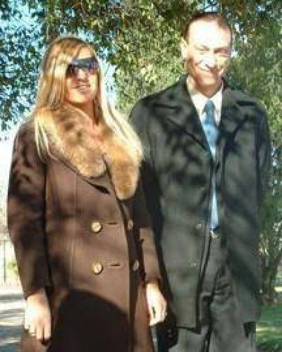 El intendente y su esposa, en Madrid