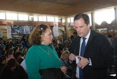 La intendenta Rossana Olmos fortalecida llamó al diálogo al arco opositor