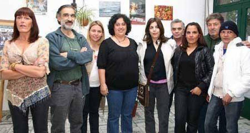 Asumió Helena García ayer en la CTA y renovó críticas