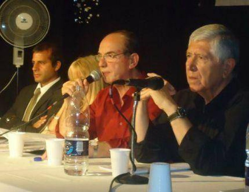 Los trabajadores mercantiles reafirmaron su respaldo a Pedro Mezzapelle