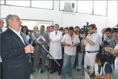 El gobernador anunció la construcción de un nuevo hospital en esta Capital