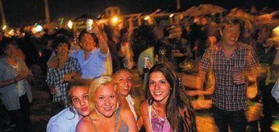 Crece la movida nocturna en las playas de Pinamar