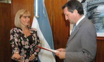Docentes municipales le hacen oooso a Giaco