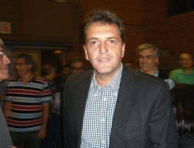 Massa pidió internas y arengó al peronismo de San Martín