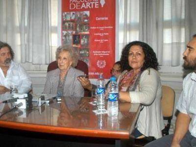 Estela de Carlotto asistió a la presentación de un documental sobre su lucha