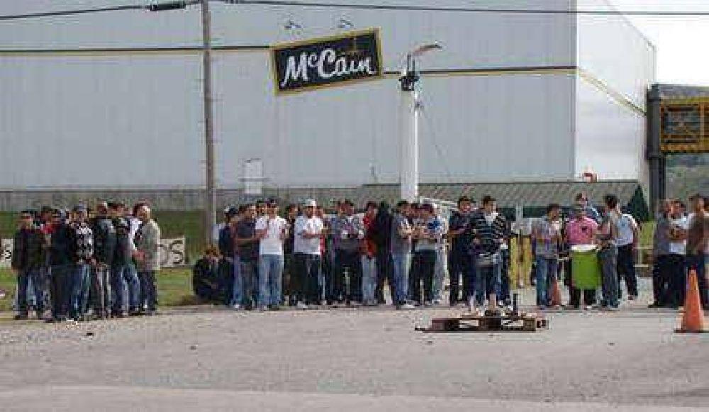 Mc Cain: por ahora no habría medidas de fuerza