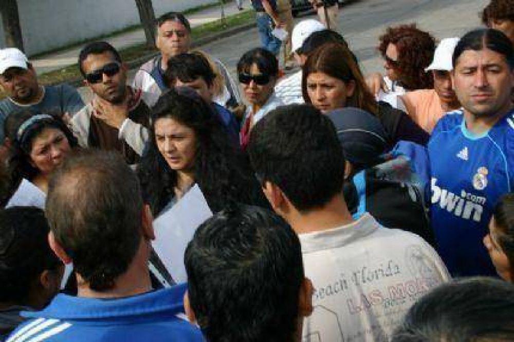 Los trabajadores del Puerto amenazan con continuar el paro en Semana Santa