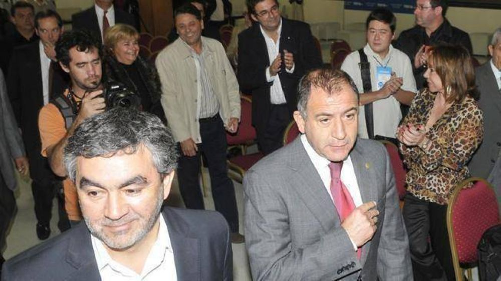 Aguad se lanzará con el apoyo de Alfonsín y Cobos