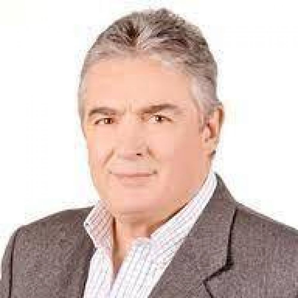 Jaime Linares será candidato a senador nacional