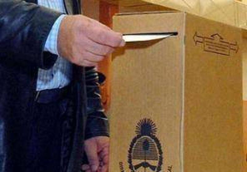 Elecciones 2011: El 14 de agosto el FPV definira 66 distritos y la UDESO 38