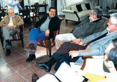 El Gobernador recibió a la Cooperativa La Riojana