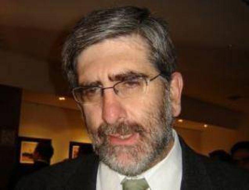 Diputado Pablo Baca: �El presupuesto no est� pensado para hacer frente a esta crisis�