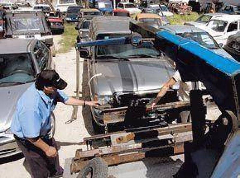 Mar del Plata: por los controles de alcoholemia, colaps� el dep�sito de autos