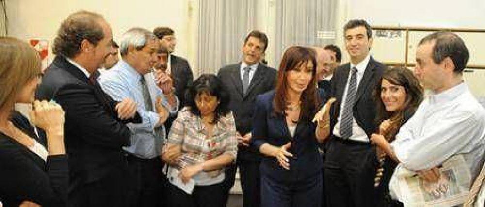 Asistencia imperfecta: durante el último mes, Cristina pasó una sola vez por Casa de Gobierno