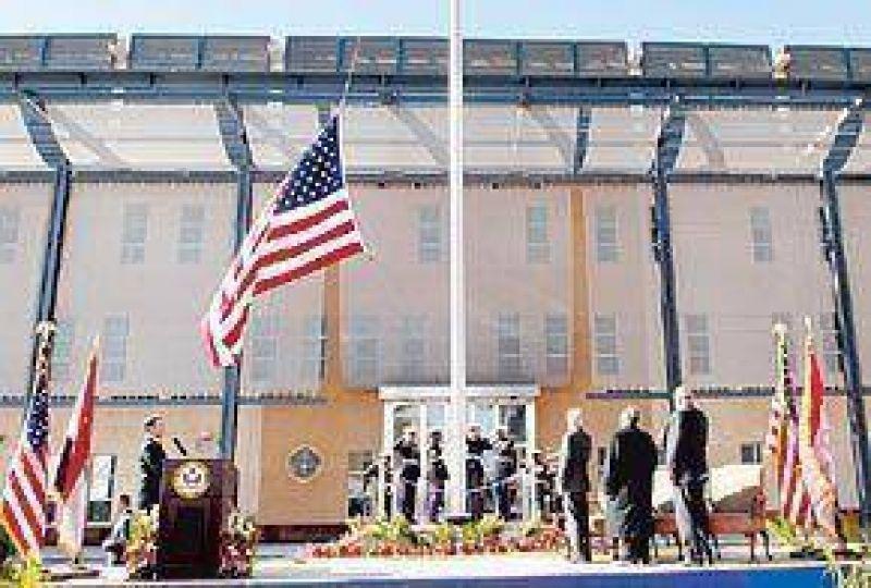 EE.UU. abre en Irak la embajada más grande