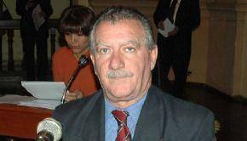 Urtubey le quit� a Marocco el manejo de la prensa oficial y se lo transfiri� a Samson