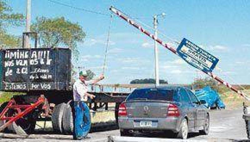 El corte de rutas al Uruguay ya divide posiciones en Entre Ríos