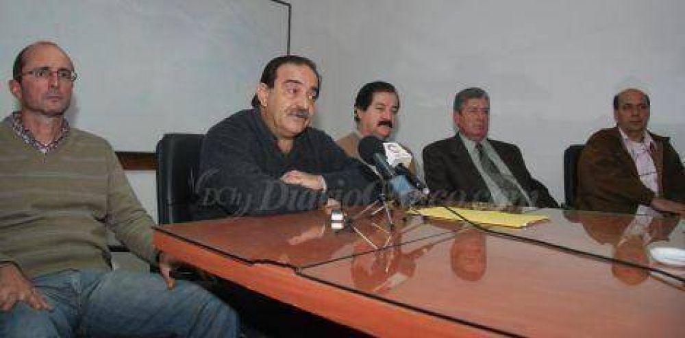 """Federación Médica sostiene que Velázquez """"miente"""" y """"pretende confundir a la opinión pública"""""""
