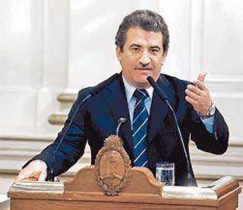 Papelera: crece la presión oficial para que levanten los cortes en Entre Ríos