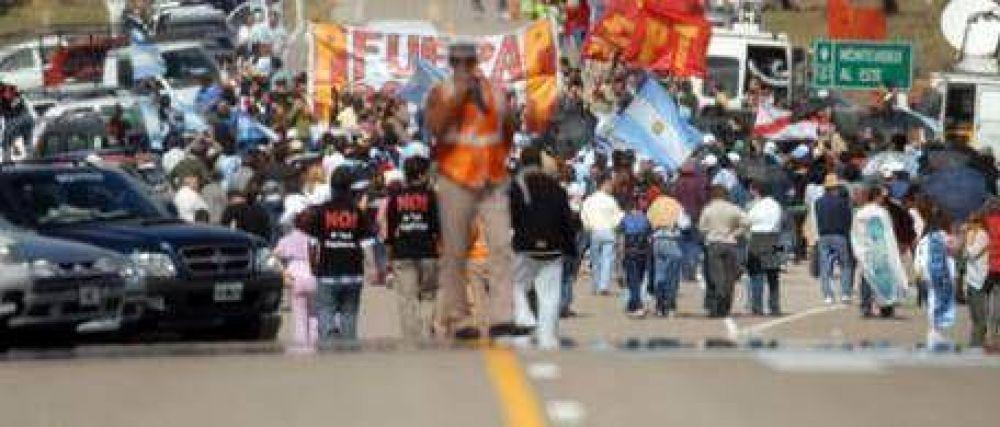 Preocupado por el turismo, el intendente de Colón cargó contra asambleístas y ruralistas: