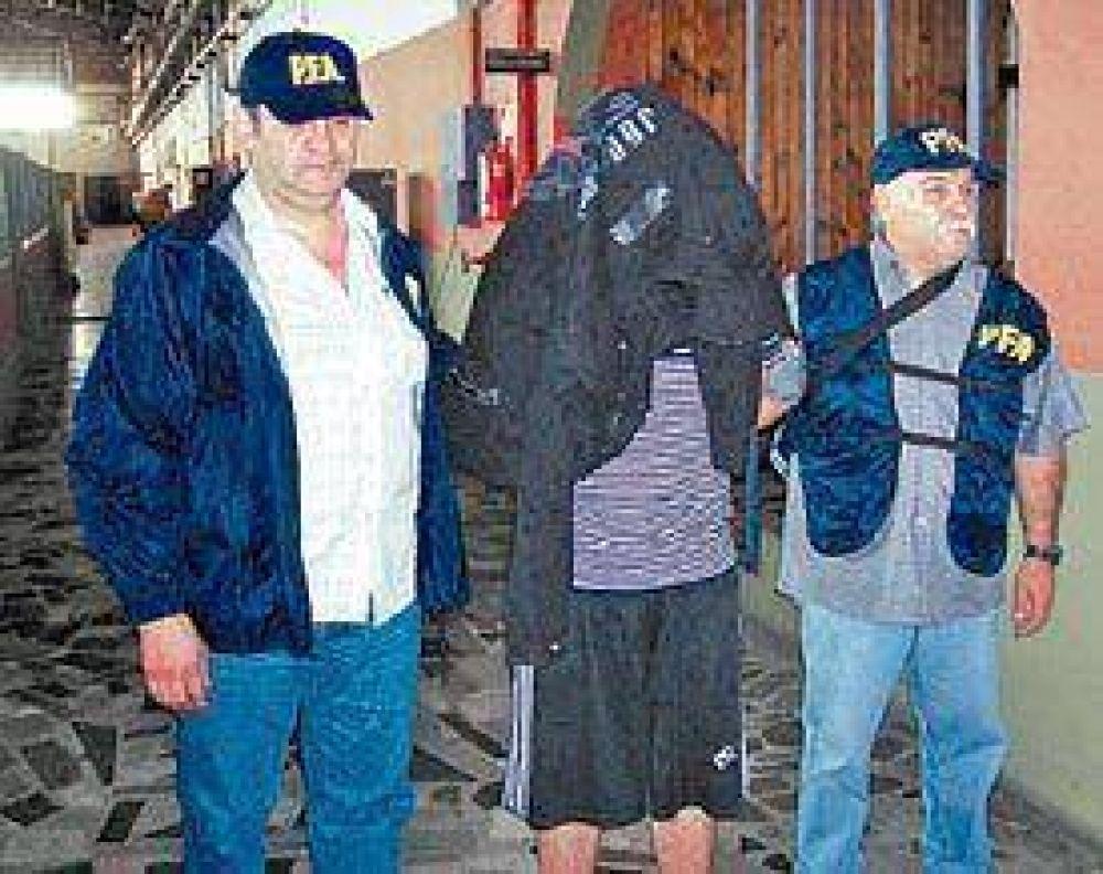 Reconocieron al detenido como el violador serial de Recoleta