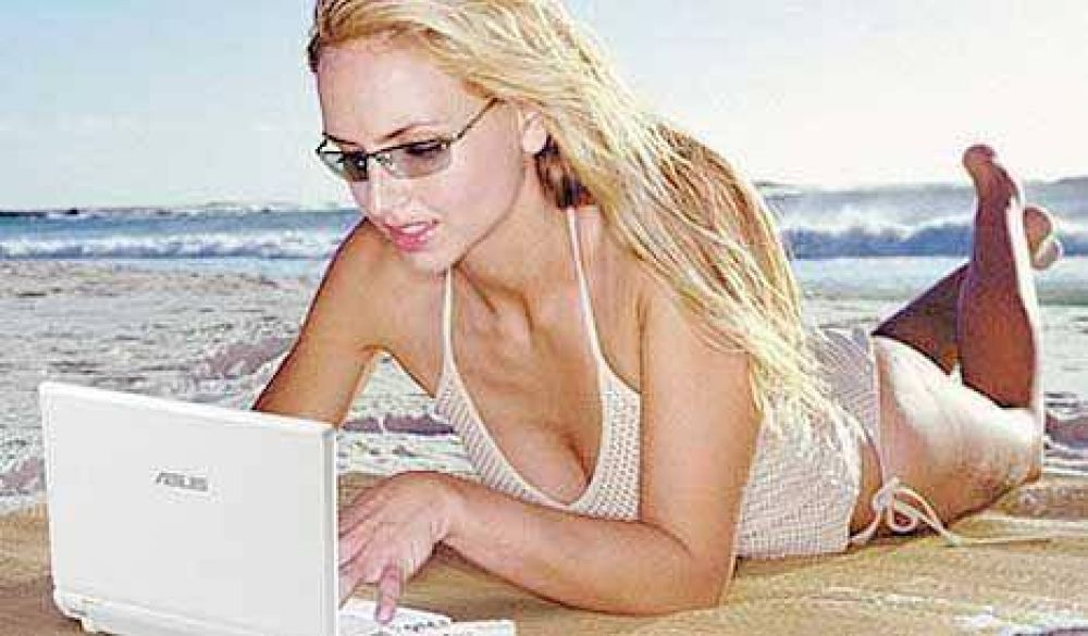 La crisis mudó las oficinas a la playa y muchos jefes no dan vacaciones