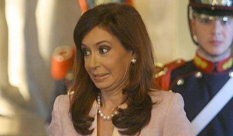 Cristina recibi� el alta m�dica y el mi�rcoles retomar� la agenda oficial