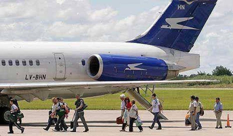 Emigración récord: más de 800 mil argentinos viven en el exterior