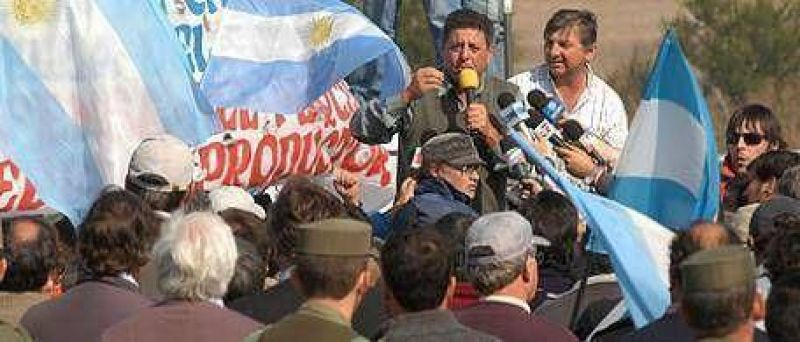 De Angeli: a los Kirchner