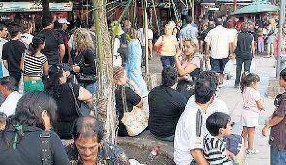 Los turistas se quedan 3 días en Carlos Paz