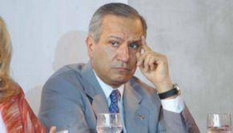 Romero entre ocho dirigentes del PJ que tienen ilusiones presidenciales