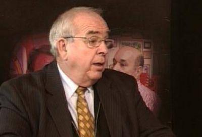 Piden a Binner que investigue a su director anticorrupción