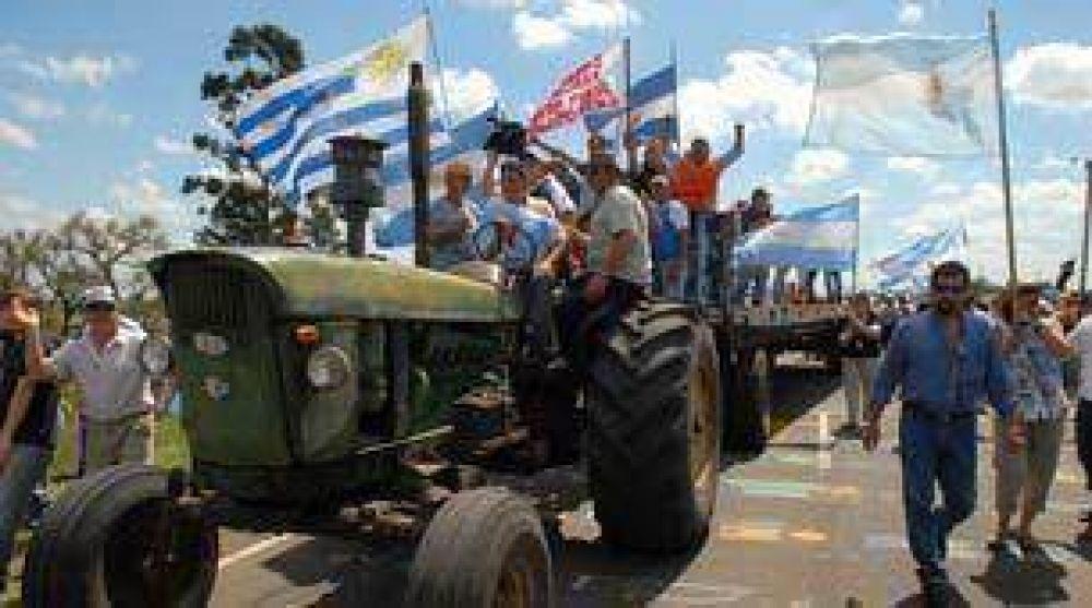 Gualeguaychú: presentarán hábeas corpus para que los asambleístas liberen el paso