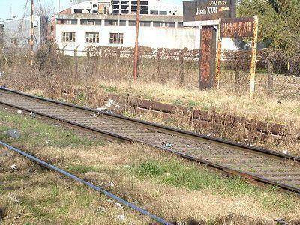 LOMAS | RECLAMO    Vuelven a exigir una terminal de trenes en la estación de Juan XXIII