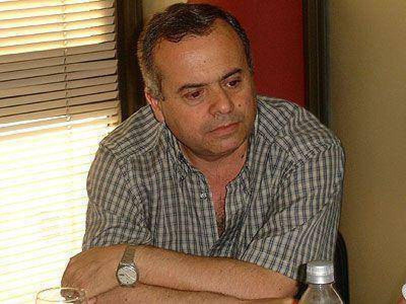 ECHEVERR�A | GESTI�N    Cammilieri confirm� que habr� una nueva licitaci�n por el contrato de la basura