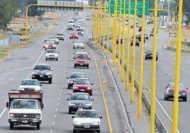 Hay m�s autos y menos choques en las rutas que van a la Costa
