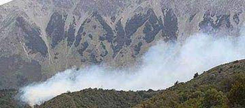 El Bolsón: incendio forestal podría llegar Chubut