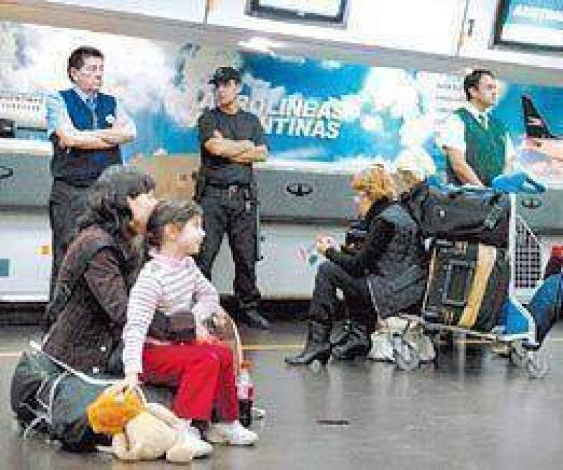 Aerolíneas: diferencias con los pilotos atrasan el acuerdo de