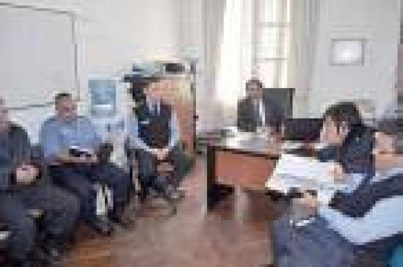 Municipio y Policía definen plan de trabajo para tratar los focos de conflictos
