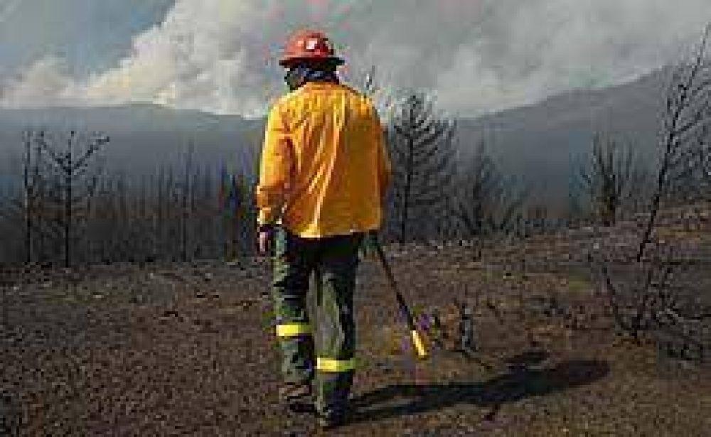 Más de mil hectáreas afectadas por incendio en El Bolsón