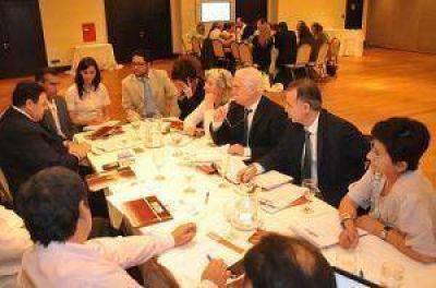 Zicosur: Las prioridades son el ferrocarril bioceánico, el segundo puente, la hidrovía
