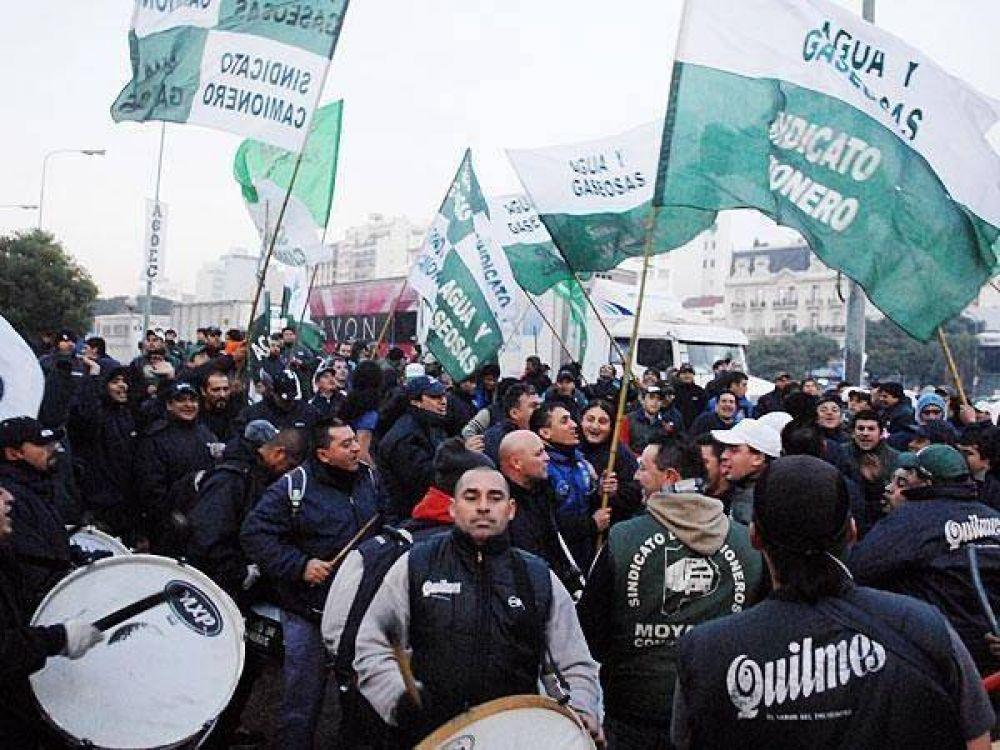 Ganancias: el gremio Camioneros amenaza con salir a la calle a reclamar cambios