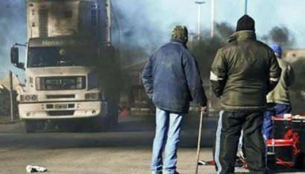 "Piquetes en ""pie de guerra"" contra YPF"