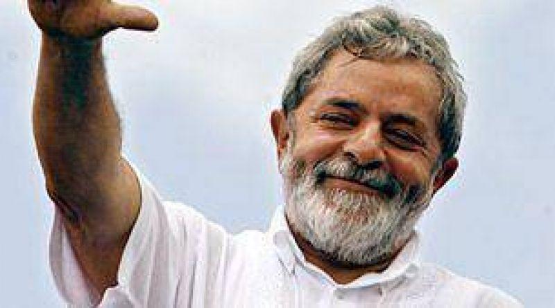 Lula habló con Obama y lo invitó a que visite Brasil