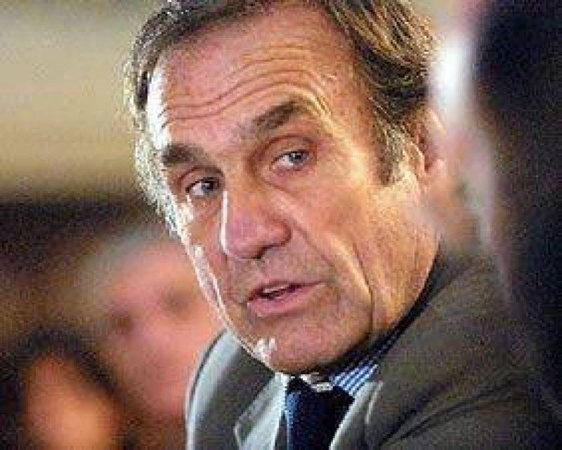 Reutemann desmiente la tapa del diario �mbito Financiero